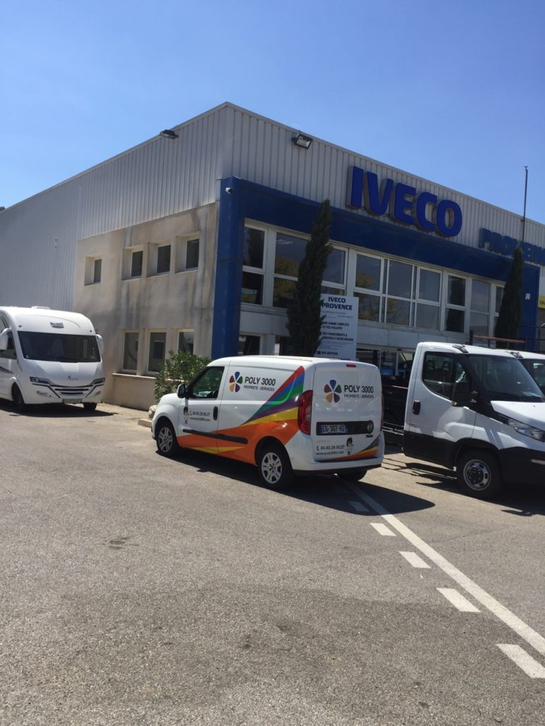 Poly 3000 et Iveco provence